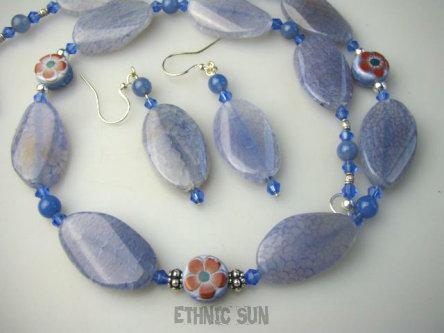 b5c1dbd0c43e0f bn865 Błękitno - Niebieski KOMPLET ozdobiony kwiatkami !!! Orient Naszyjnik  i Kolczyki AGAT BŁĘKITNY korale Kryształki Srebro 925